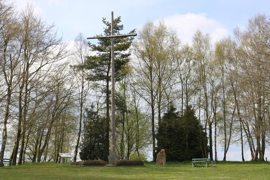 Eifelkreuz mit Umgebung