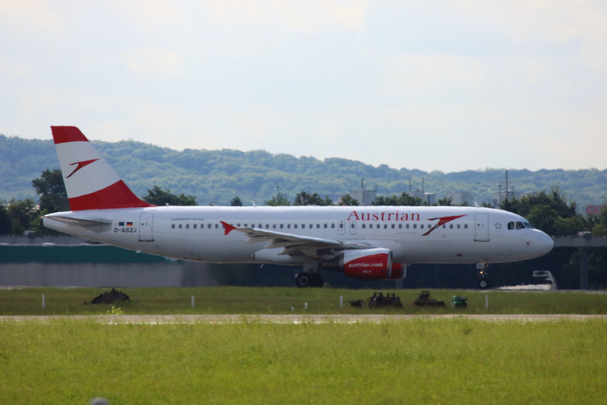 Airplane Austrian Airlines