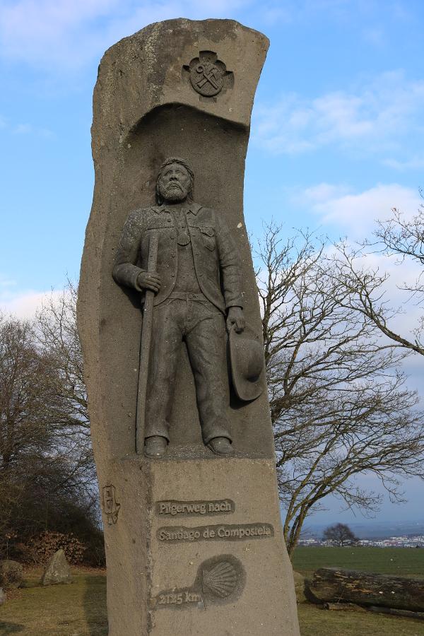 Jakobus-Säule Jakobus-Figur