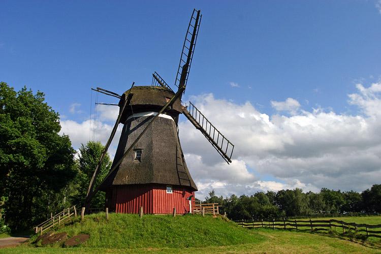 Windmühle im Freilichtmuseum Kommern